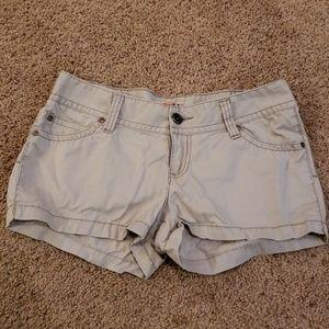 Mudd khaki short shorts Size 7
